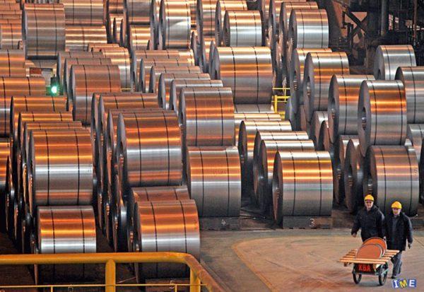 آينده بازار فولاد در دستان توليد كنندگان محصولات مياني