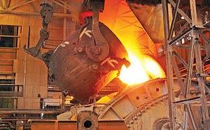 تدوین سند استراتژی فولاد نیازمند توجه به مسایل روز این صنعت است